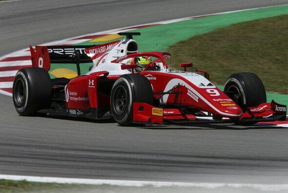 Mick Schumacher und die Formel 2 gastieren an diesem Wochenende in Silverstone - Foto: LAT Images
