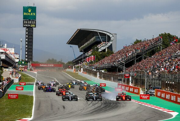 Barcelona wird auch 2020 Teil des Formel-1-Kalenders sein - Foto: LAT Images