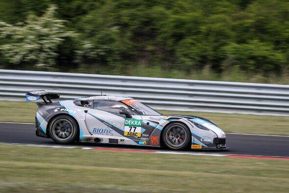 Zweiter Saisonsieg für Markus Pommer und Marvin Kirchhöfer - Foto: ADAC GT Masters