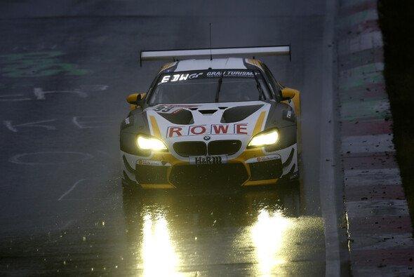 Rowe Racing holte mit dem BMW die Bestzeit im Training - Foto: BMW