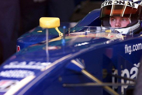 Kimi Räikkönen wurde mit nur 23 Formel-Rennen Erfahrung in die Formel 1 befördert - Foto: LAT Images