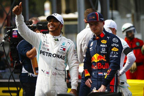 Lewis Hamilton packte gegen Max Verstappen beim Formel-1-Qualifying in Austin die Psychospielchen aus - Foto: LAT Images