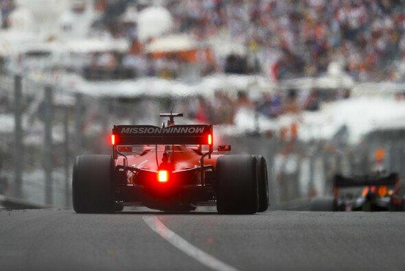 Ferrari könnte auch beim Formel-1-Rennen in Montreal ein Kampf gegen Red Bull bevorstehen - Foto: LAT Images