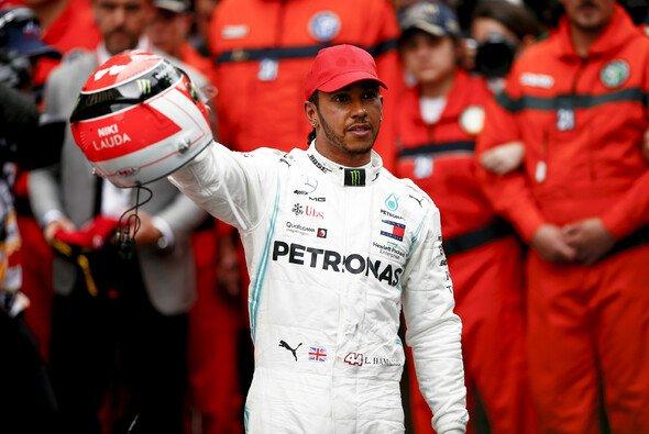 Lewis Hamilton widmete seinen Sieg in Monaco Niki Lauda - Foto: LAT Images
