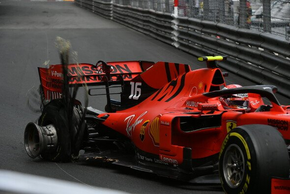 Charles Leclerc erlebte in Monaco ein Horror-Wochenende - Foto: LAT Images
