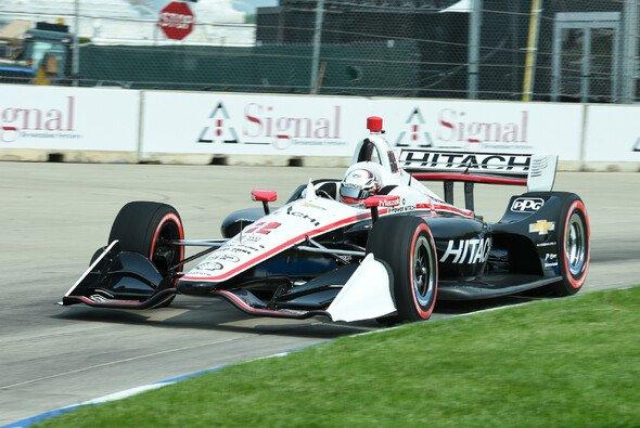 Josef Newgarden gewann Lauf 1 in Detroit - Foto: IndyCar