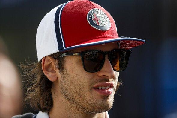 Alfa-Romeo-Rookie Antonio Giovinazzi wartet in der Formel 1 weiterhin auf seinen ersten WM-Punkt - Foto: LAT Images