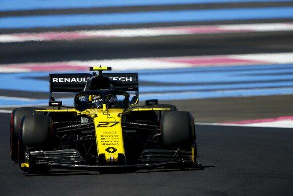 Nico Hülkenberg fährt im Moment mit einer älteren Renault-Spezifikation als Teamkollege Daniel Ricciardo - Foto: LAT Images