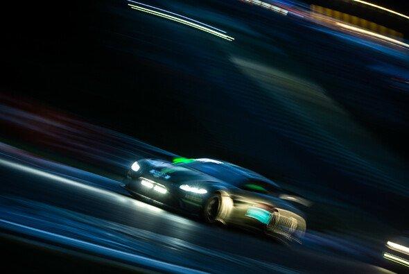 Am Donnerstag fand das Nacht-Qualifying zum 24h-Rennen Nürburgring statt - Foto: Felix Maurer