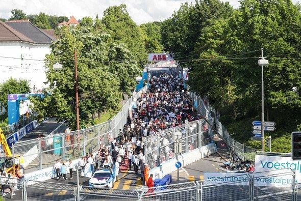 Viele Zuschauer beim Bern ePrix - Rückkehr aber unwahrscheinlich - Foto: LAT Images