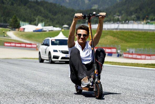Lando Norris sorgte in seiner ersten Formel-1-Saison auf und neben der Strecke für Spektakel - Foto: LAT Images
