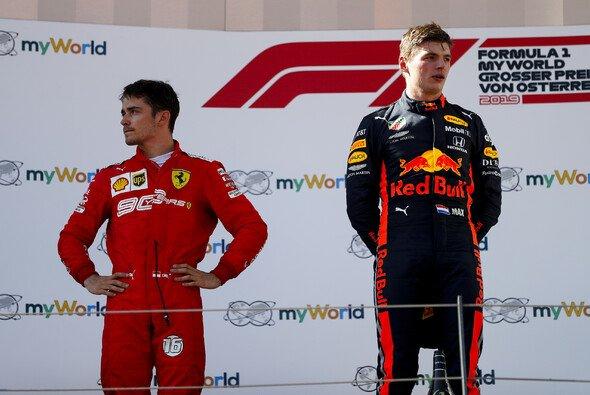 Charles Leclerc verlor den Sieg beim Formel-1-Rennen in Österreich nach einem harten Manöver von Max Verstappen - Foto: LAT Images