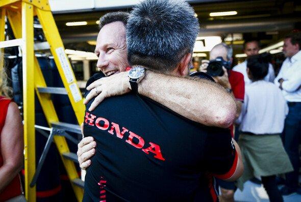 Christian Horner ist zufrieden mit der Entwicklung von Motorenpartner Honda - Foto: LAT Images