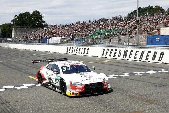 Rene Rast fährt am Norisring mit hauchdünnem Vorsprung zur Pole Position - Foto: DTM