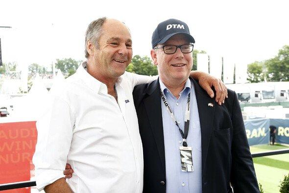 DTM-Boss Gerhard Berger mit Fürst Albert von Monaco - Foto: DTM