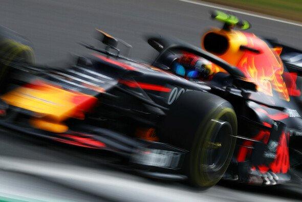 Pierre Gasly machte beim Formel-1-Qualifying in Silverstone einen deutlichen Schritt nach vorne - Foto: Red Bull