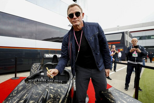 Daniel Craig in Silverstone - Foto: LAT Images