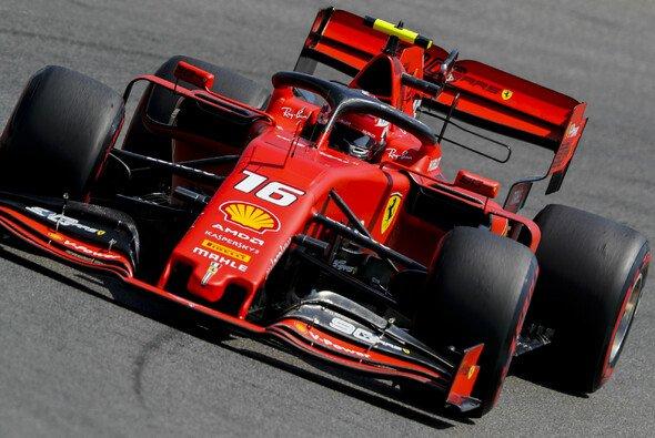 Charles Leclerc sorgte im zweiten Training der Formel 1 auf dem Hockenheimring für die nächste Ferrari-Bestzeit - Foto: LAT Images
