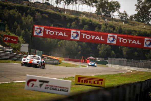 Porsche toppte die Testfahrten zu den 24h von Spa - Foto: SRO