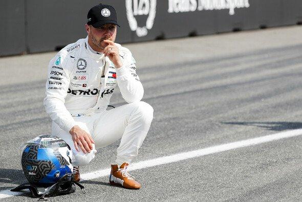 Behält Valtteri Bottas für 2020 sein Mercedes-Cockpit? - Foto: LAT Images
