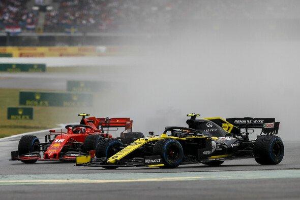Renault verlangt - wie sechs andere Teams - mehr Transparenz von der FIA - Foto: LAT Images