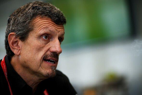 Günther Steiner ist es egal, wenn Magnussen und Grosjean nicht mehr miteinander reden - Foto: LAT Images