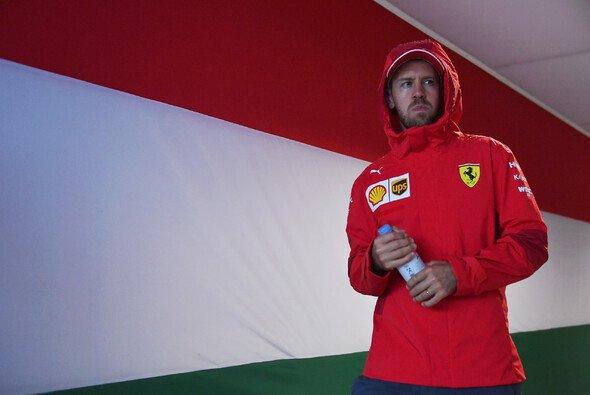 Sebastian Vettel hatte sich von seinem Freitagstraining in Ungarn mehr versprochen - Foto: LAT Images