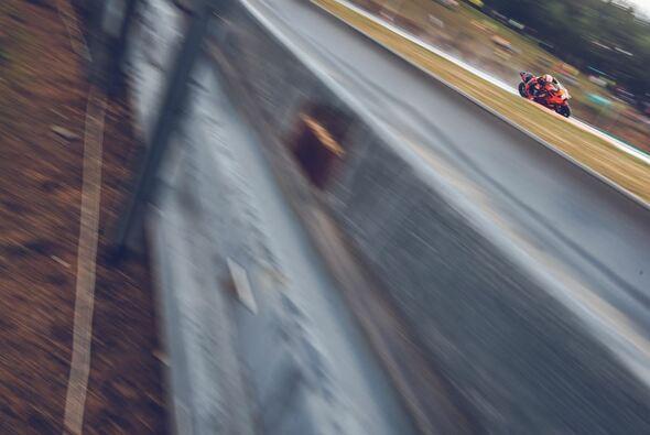 Johann Zarco hatte erstmals in Orange Grund zur Freude - Foto: KTM