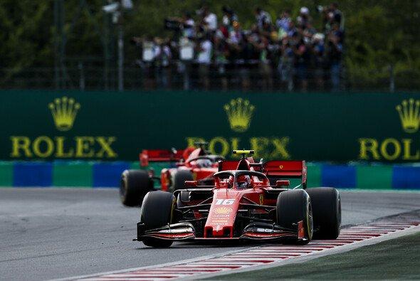Charles Leclerc verlor in der vorletzten Rennrunde Platz drei an Vettel - Foto: LAT Images