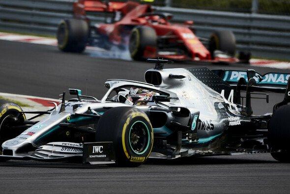 Ferrari verschwand beim Ungarn-GP der Formel 1 weit hinter Mercedes und Lewis Hamilton - Foto: LAT Images