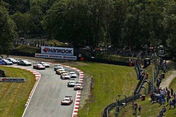 Seit 1950 werden in Brands Hatch Rennen ausgetragen - Foto: Hoch Zwei