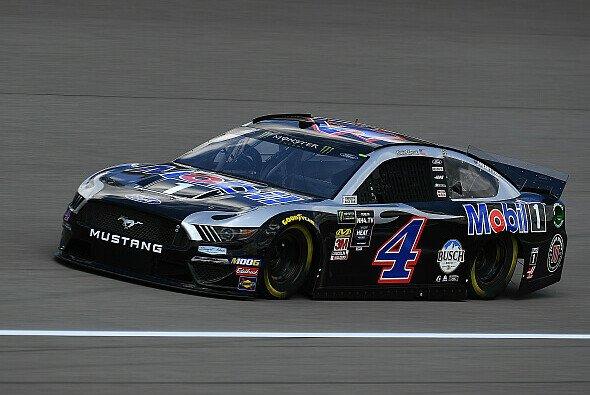 Zweiter Saisonsieg für Kevin Harvick im Stewart-Haas-Ford - Foto: NASCAR