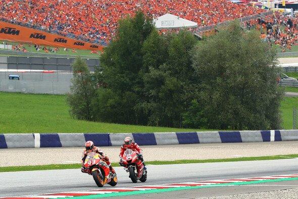 Marquez und Dovizioso lieferten einmal mehr eine unglaubliche Show - Foto: LAT Images