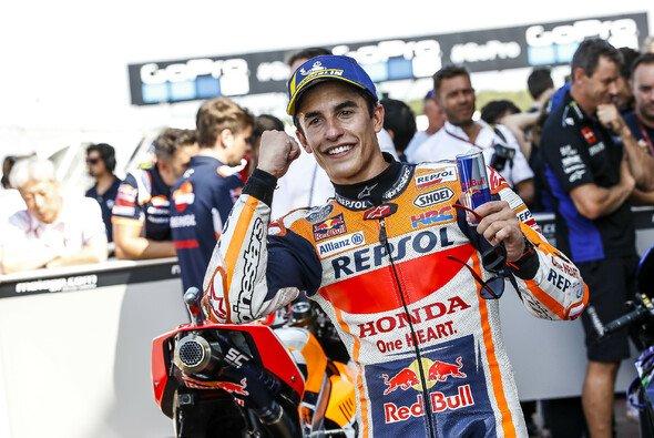 Marquez darf jubeln: Er kann in Thailand starten - Foto: Repsol