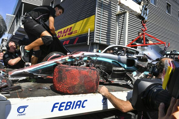 Lewis Hamilton crashte im 3. Freien Training in Spa - Foto: LAT Images