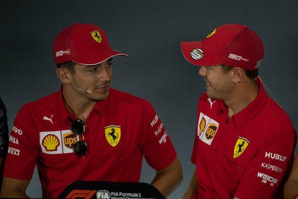 Charles Leclerc beschwört nach dem Streit mit Sebastian Vettel den Hausfrieden bei Ferrari - Foto: LAT Images