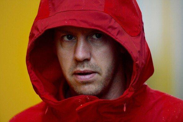 Sebastian Vettel könnte nach seinem Monza-Unfall noch mehr Ärger blühen - Foto: LAT Images