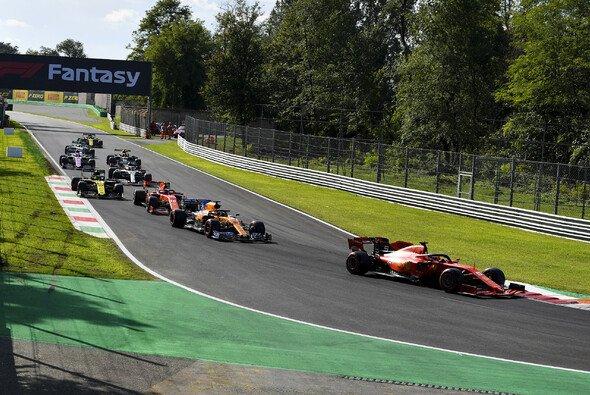 Chaotische Szenen in der letzten Qualifying-Runde von Monza - Foto: LAT Images