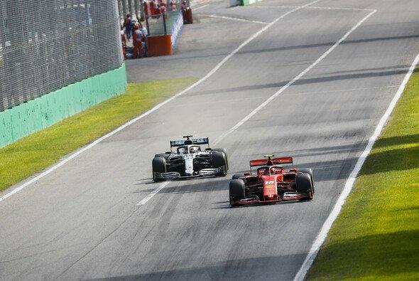 Lewis Hamilton verzweifelte beim Formel-1-Rennen in Monza hinter Charles Leclerc - Foto: LAT Images