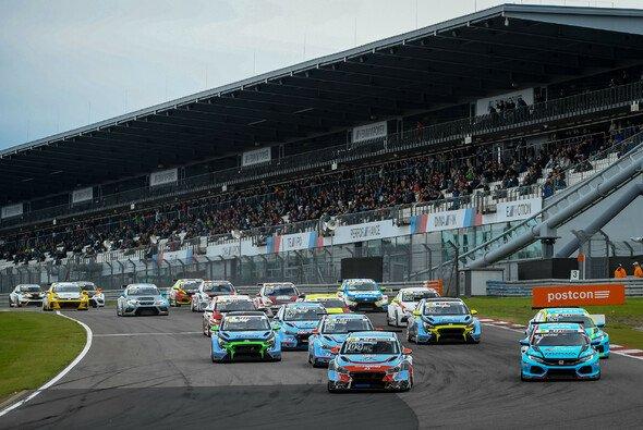 Die ADAC TCR Germany startet in die heiße Saisonphase - Foto: ADAC TCR Germany