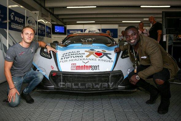 Marvin Kirchhöfer unterstützt die Stiftung von Gerald Asamoah - Foto: ADAC GT Masters