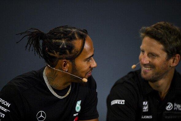 Romain Grosjean will einen von Lewis Hamiltons Mercedes-Boliden testen - Foto: LAT Images