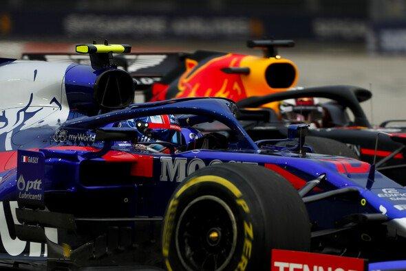 Max Verstappen und Co. müssen beim Russland GP in der Startaufstellung nach hinten - Foto: LAT Images