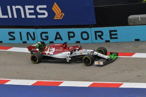 Kimi Räikkönen und Alfa Romeo kämpften in Singapur mit grundlegenderen Dingen als üblich - Foto: LAT Images
