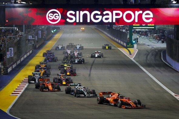 2020 wird es kein nächtliches Singapur-Feuerwerk geben - Foto: LAT Images