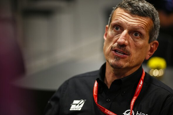 Haas-Teamchef Günther Steiner machte sich mit seiner direkten und ungefilterten Art in den letzten Jahren viele Fans - Foto: LAT Images