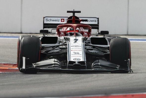 Alfa Romeo will beim Formel-1-Rennen in Japan mit beiden Autos punkten - Foto: LAT Images