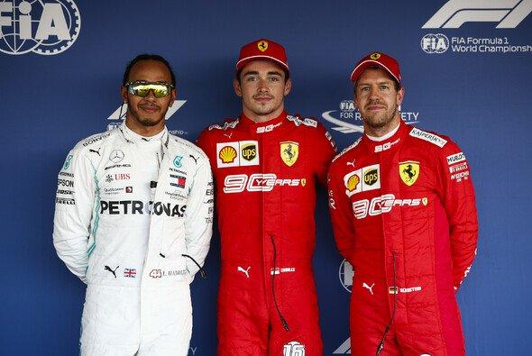 Lewis Hamilton sieht Ferraris Umgang mit Sebastian Vettel und Charles Leclerc kritisch - Foto: LAT Images