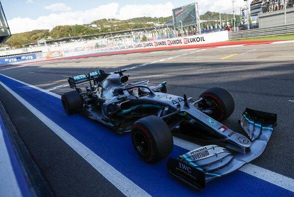 Mercedes meldete sich beim Formel-1-Rennen in Russland mit einem Doppelsieg zurück - Foto: LAT Images