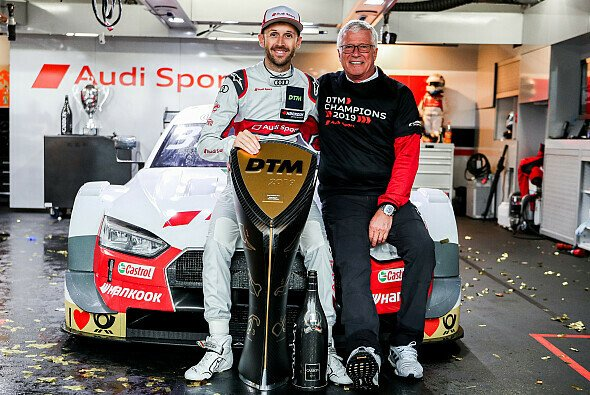 Audi-Meistermacher: Arno Zensen mit Champion Rene Rast - Foto: Audi Communications Motorsport